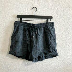Universal Thread Gray Utility Shorts